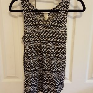 Black and white patterned long sleeveless top